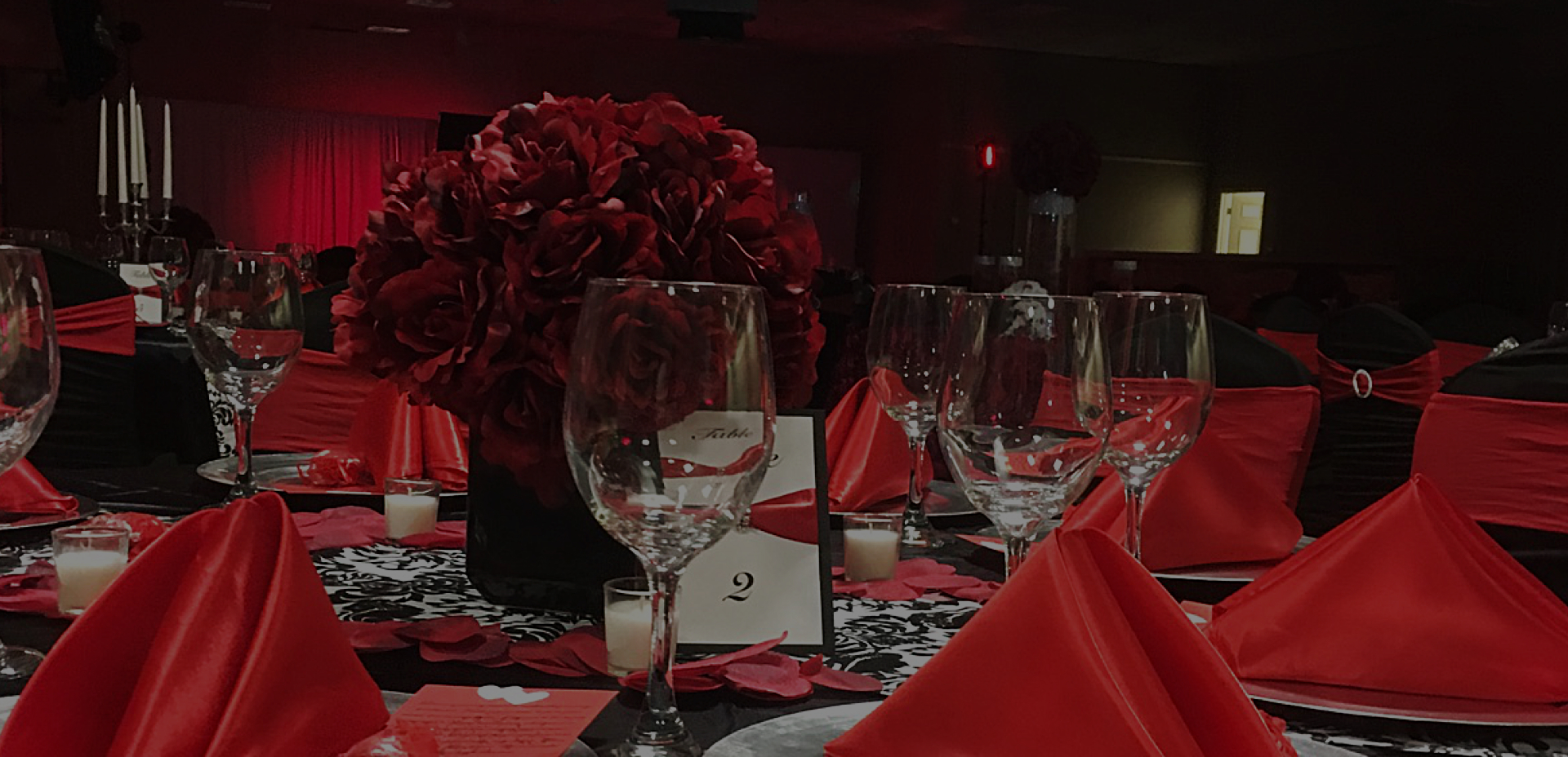 Event reception with red motif